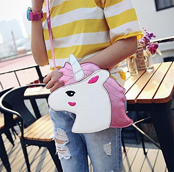 bolso de unicornio cosmeticos